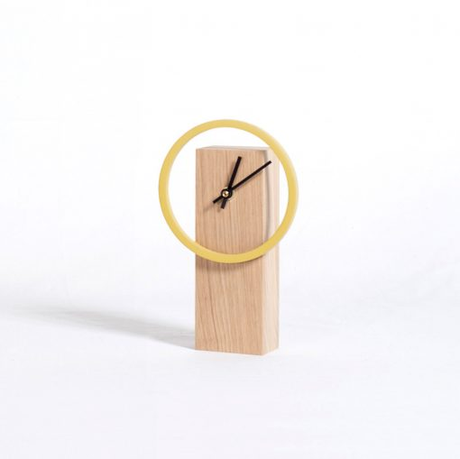 "Horloge de bureau Design finition ""Moutarde"""