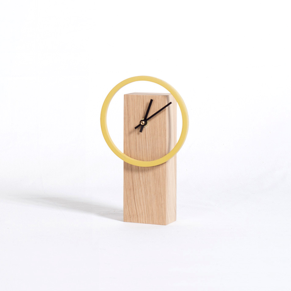 cyclock horloge de bureau poser en bois naturel. Black Bedroom Furniture Sets. Home Design Ideas